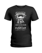 Februar Geboren Wurde Ladies T-Shirt tile