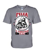Pelea la buena batalla V-Neck T-Shirt thumbnail
