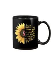 A Girl who kicked Cancers Mug thumbnail