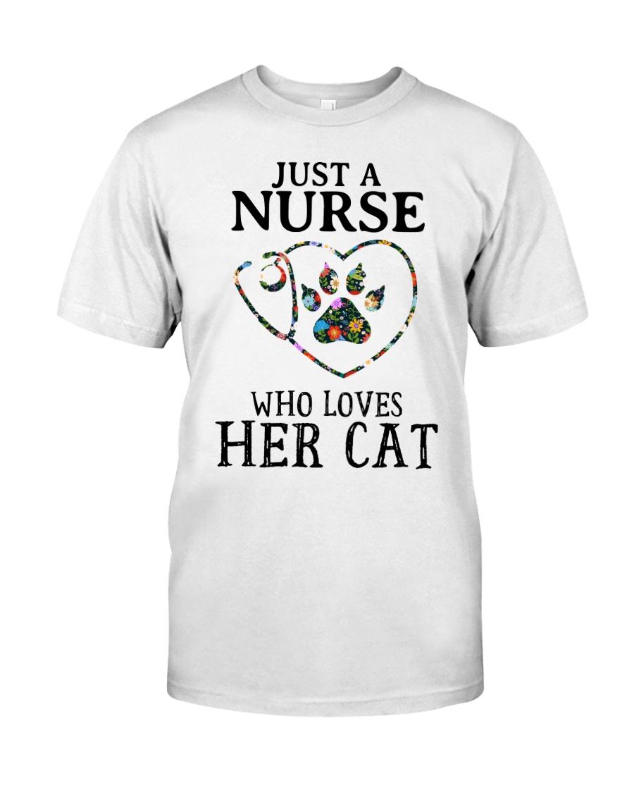 Nurse - Loves her cat Classic T-Shirt
