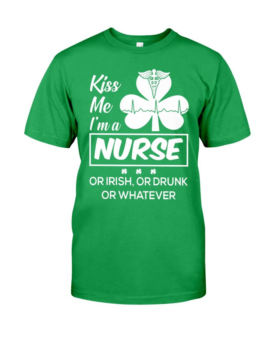 Kiss me - I'm a Nurse Classic T-Shirt