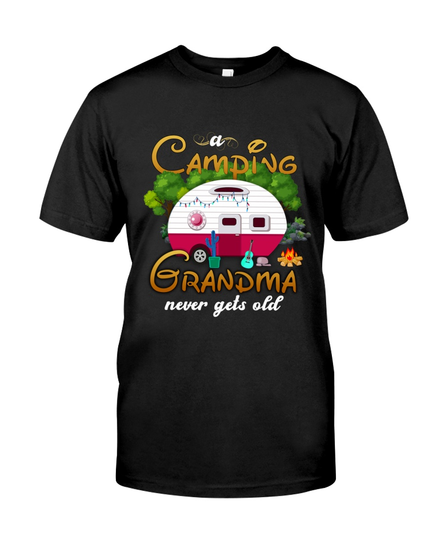 CAMPING GRANDMA Classic T-Shirt