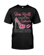 UNA REINA SEPTIEMBRE Classic T-Shirt thumbnail