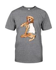 Golden Retriever Mom Classic T-Shirt front