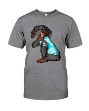 Dachshund Mom Classic T-Shirt front