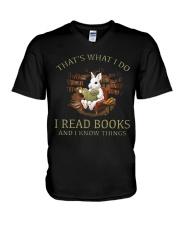 RABBIT - I READ BOOKS  V-Neck T-Shirt thumbnail