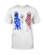 Golden Retriever Flag Classic T-Shirt front
