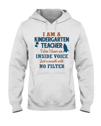 KINDERGARTEN TEACHER WITH NO INSIDE VOICE
