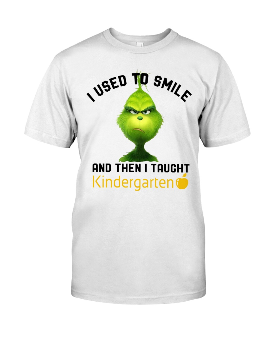 GRINCH WITH KIDS Classic T-Shirt