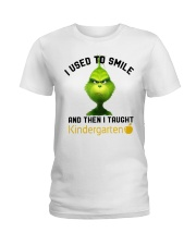 GRINCH WITH KIDS Ladies T-Shirt thumbnail