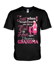 Love being a gandma V-Neck T-Shirt thumbnail
