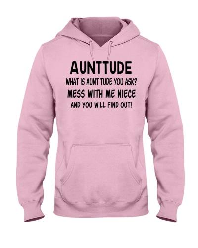 Aunttude