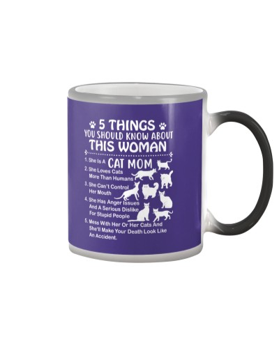 5 things you should know about this Cat Mom