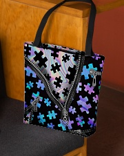 Puzzles holo All-over Tote aos-all-over-tote-lifestyle-front-02