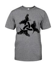 Odin's Horn - Triple horn - Horned Triskele Raven Classic T-Shirt front