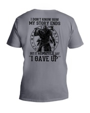 IT WILL NEVER SAY ''I GAVE UP''  - VIKING SHIRT V-Neck T-Shirt thumbnail