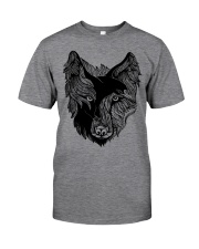 Viking T-shirts - Raven And Wolf Classic T-Shirt front