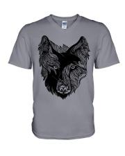 Viking T-shirts - Raven And Wolf V-Neck T-Shirt tile