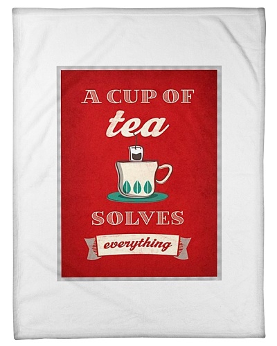 A cup of tea solves everything - Fleece Blanket