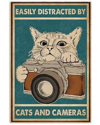 Retro Green Easily Distracted Cats And Cameras