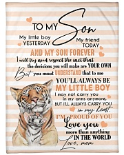 """MOM TO SON GIFT- TIGER I'M PROUD OF YOU LITTLE BOY Large Fleece Blanket - 60"""" x 80"""" front"""