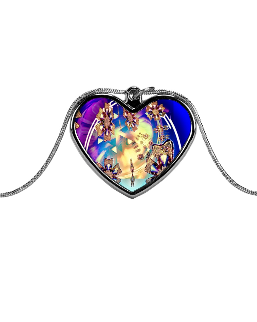 Oddball Holiday Metallic Heart Necklace