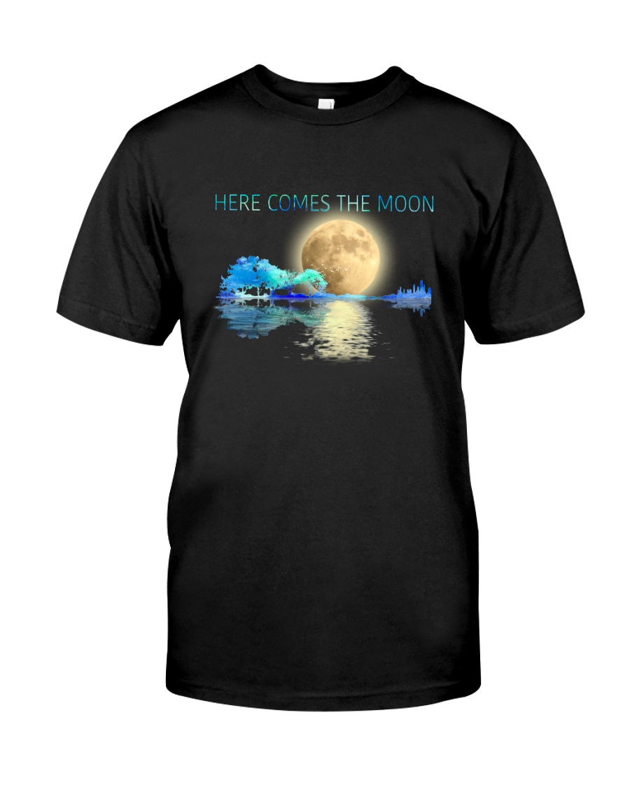 Here Comes The Moon Classic T-Shirt
