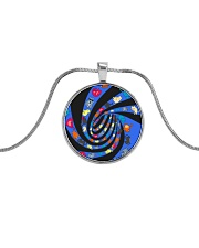 Cat spin - JY Metallic Circle Necklace front