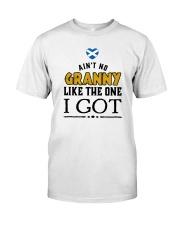 AIN'T NO GRANNY LIKE I GOT Classic T-Shirt thumbnail