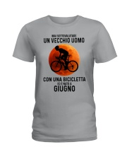 06 cycling old man italy Ladies T-Shirt tile