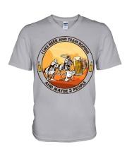i like beer team roping V-Neck T-Shirt tile