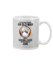 06 baseball old man Mug tile