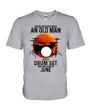 06 drum set never old man V-Neck T-Shirt tile