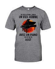 08 piano old man france Classic T-Shirt front