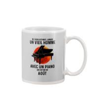 08 piano old man france Mug tile