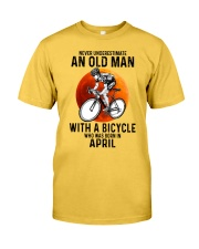 04 cycling never old man Classic T-Shirt front