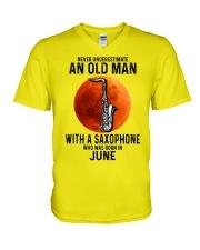 06 sax olm yl V-Neck T-Shirt tile