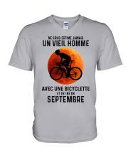 09 Cycling Old Man France V-Neck T-Shirt tile