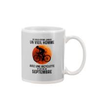 09 Cycling Old Man France Mug tile