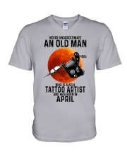 04 tatoo artist never old man V-Neck T-Shirt tile