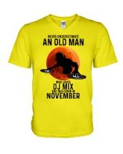 11 dj mix olm V-Neck T-Shirt tile