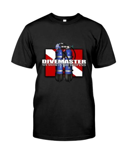 SCUBA DIVING Divemaster