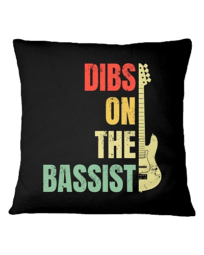 BASS GUITAR   Dibs on the Bassist