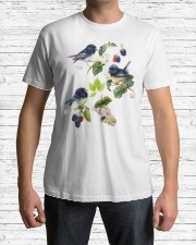 Bird shirt france Classic T-Shirt lifestyle-mens-crewneck-front-1