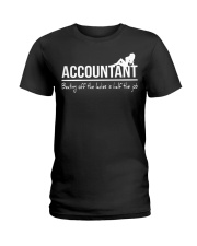 Accountant beating off the ladies is half the job Ladies T-Shirt front