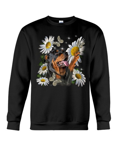 Fn 5 rottweiler play with butterflies and daisies