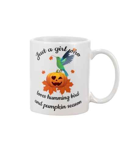 Humming bird love pumpkin season