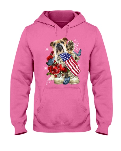 Bulldog loves America