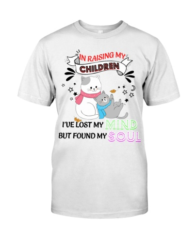 Cat raising my children