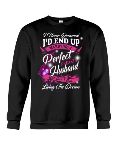 Husband with dream sweet shirt
